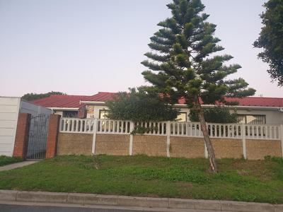 Property For Sale in Charlesville, Cape Town